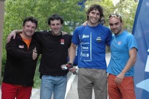 Anton Zabala y Ekaitz Maiz, equipo vencedor, entre los patrocinadores de techRock [1024x768]