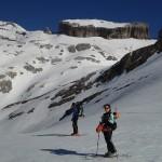 (103) Collado de Millaris, al fondo La Brecha, pico Bazillac, la falsa Brecha y pico Taillón