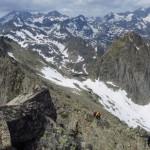 Pirineo en primavera con el Balaitus al fondo