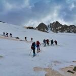 el pico de la Montañeta en los primeros tramos con esquis